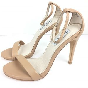 STEVE MADDEN // sz 5.5 Sexy ankle strap heels